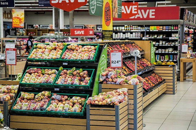 jablka v obchodě.jpg