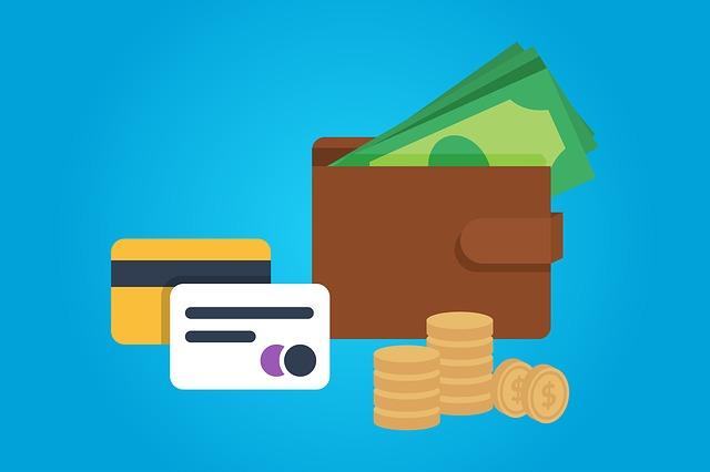 peníze, peněženka a karty.jpg